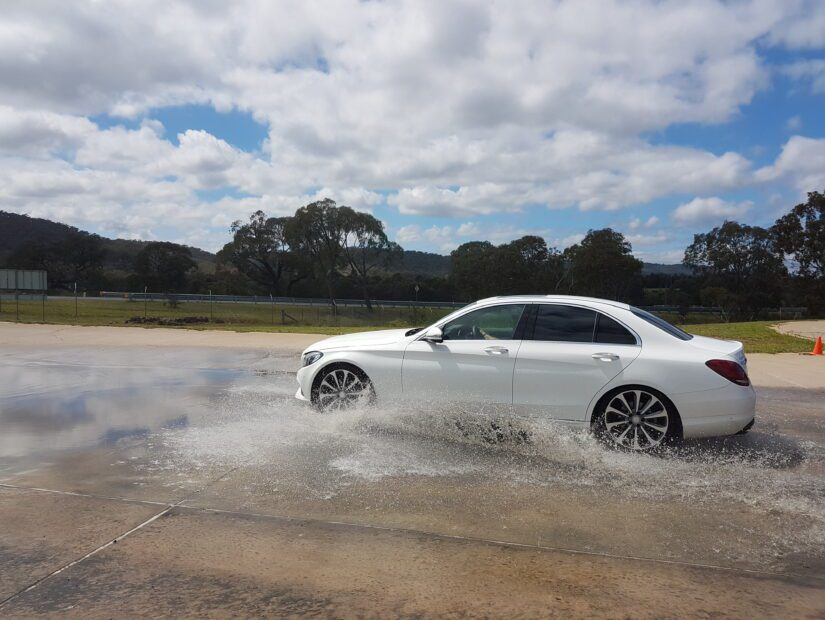 How does stability control work?